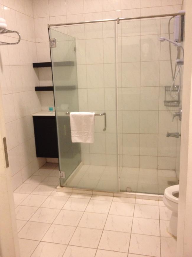 Skylight Suite Bathroom