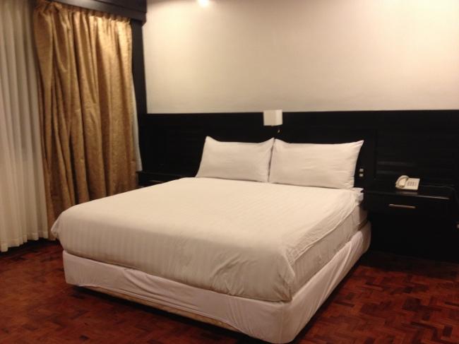 Skylight Suite Bed