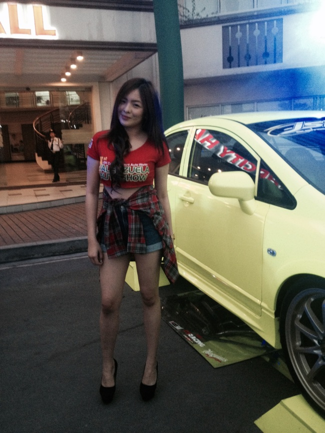Valenzuela car show